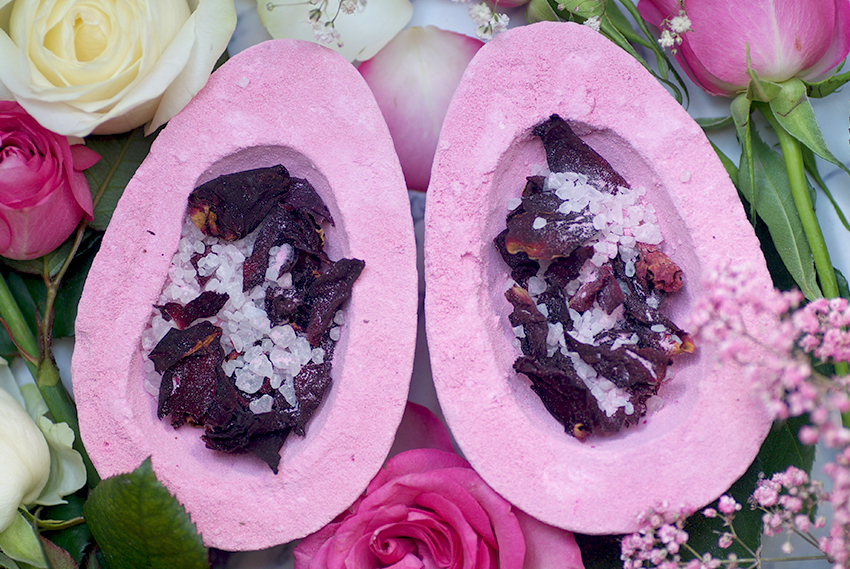 Review: Lush Rose Bombshell Egg – Oh My Lush com